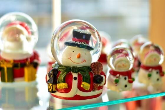 Spar penge på julepynt